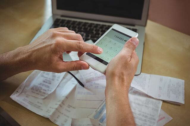 calculating payroll.jpeg